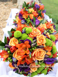 bridal bouquets for a fall wedding color theme