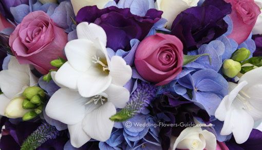 blue, white and pink wedding flower color theme